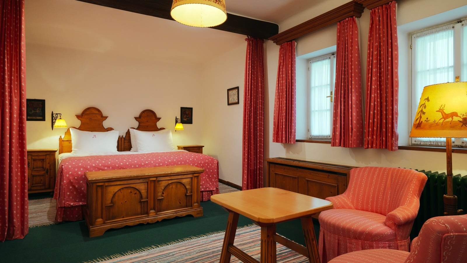 rooms,salzburg,hotel,traditional,authentic